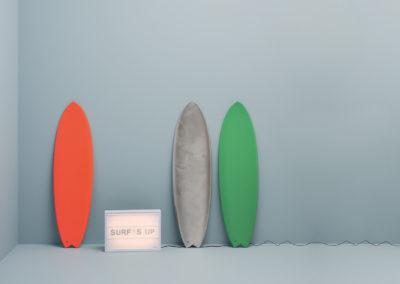 CAPAROL ICONS - NO 61 - SURF'S UP - Kühler Meerblau-Ton. Neben Weiss-Tönen bekommt er eine skandinavische Note.